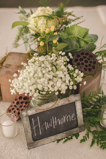 Baby's breath and chalk name board