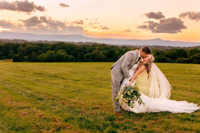 weddings 57 51 1034185 160831758751044