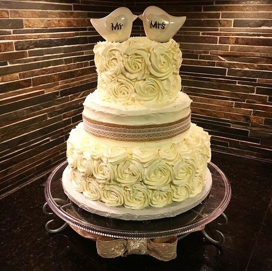 Gray Duck Bake Shop - Wedding Cake - Minneapolis, MN - WeddingWire
