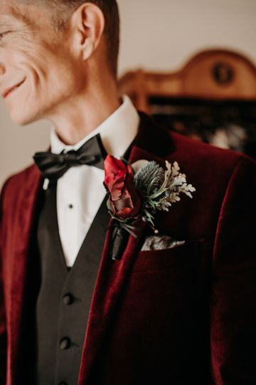 Real touch boutonniere