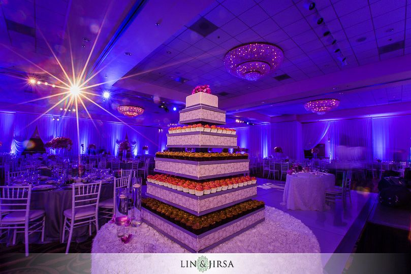 800x800 1425578380282 18 double tree by hilton santa ana wedding photogr