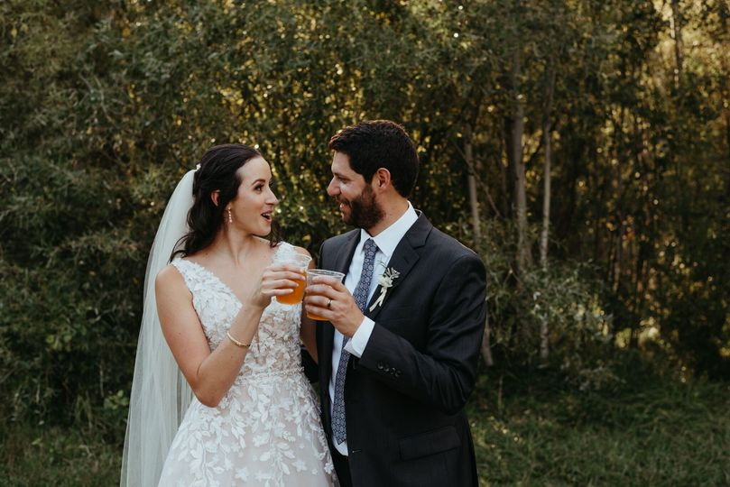 Beer-drinking bride and groom