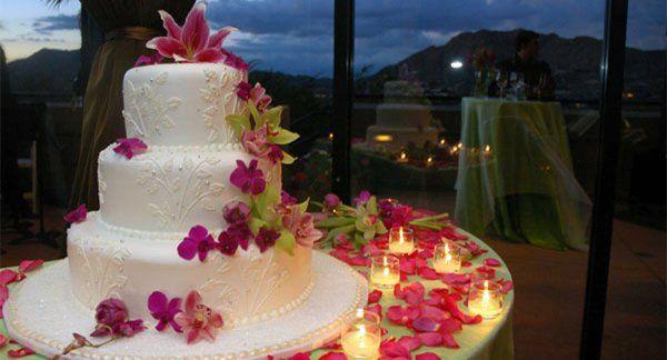 Tmx 1320166869573 WeddingCake300dpi Babylon wedding florist