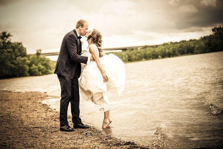 Tmx 1514958259696 2d3e7b91 F4b0 49c9 Ab76 A3f4e68e0fe5rs2001.480.fit Millstadt, IL wedding photography