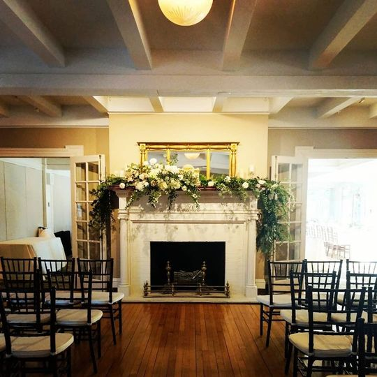 Indoor ceremony space