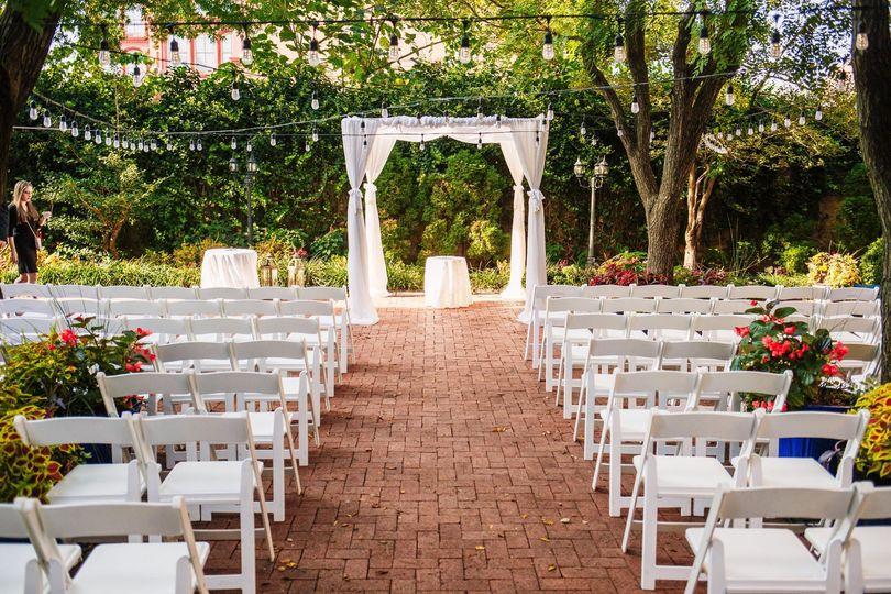 Courtyard vows