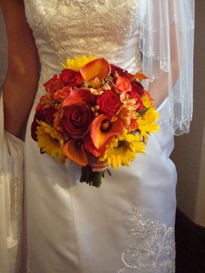 Flowers by Elliott - Flowers - Waterbury, CT - WeddingWire