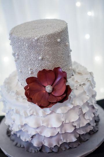 Blooming violet cake