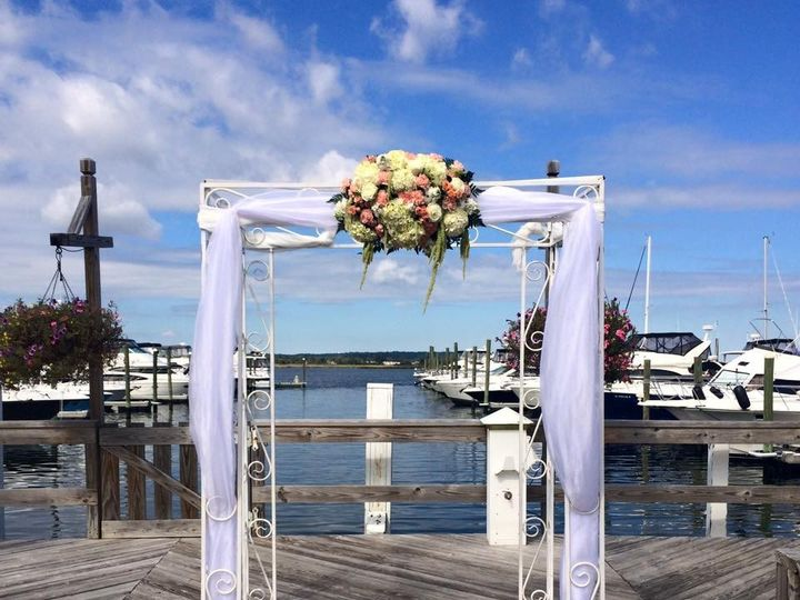 Tmx 1476197878913 144925269530942881678137256392703501062326n Matawan, New Jersey wedding florist
