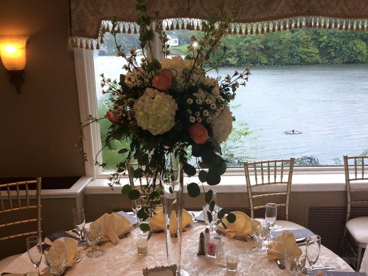Tmx 1476197878931 144946969559576345481458957322800648084123n Matawan, New Jersey wedding florist