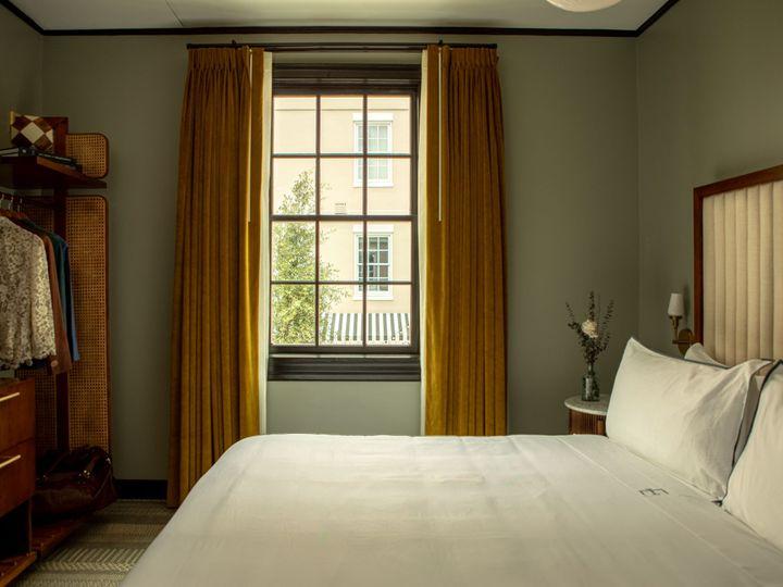 Tmx Maisonette Suite Bedroom 51 1887385 159466951441236 Charleston, SC wedding venue