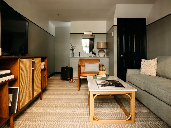 Tmx Maisonette Suite Living Area 51 1887385 159466951432023 Charleston, SC wedding venue