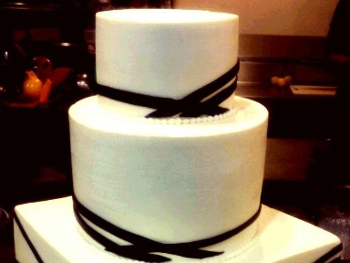 Tmx 1463430565588 Linearribbonsweddingcake1 Atlanta wedding