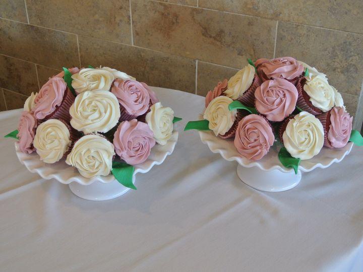 Tmx 1485134605954 Dsc5944 Middle Village, New York wedding cake
