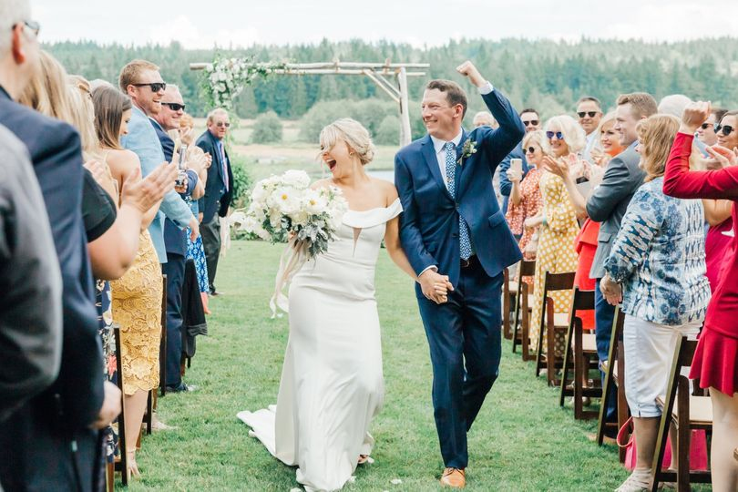 whidbey island wedding photographers fireseed catering wedding something minted photography 137 51 620485 157869490046202