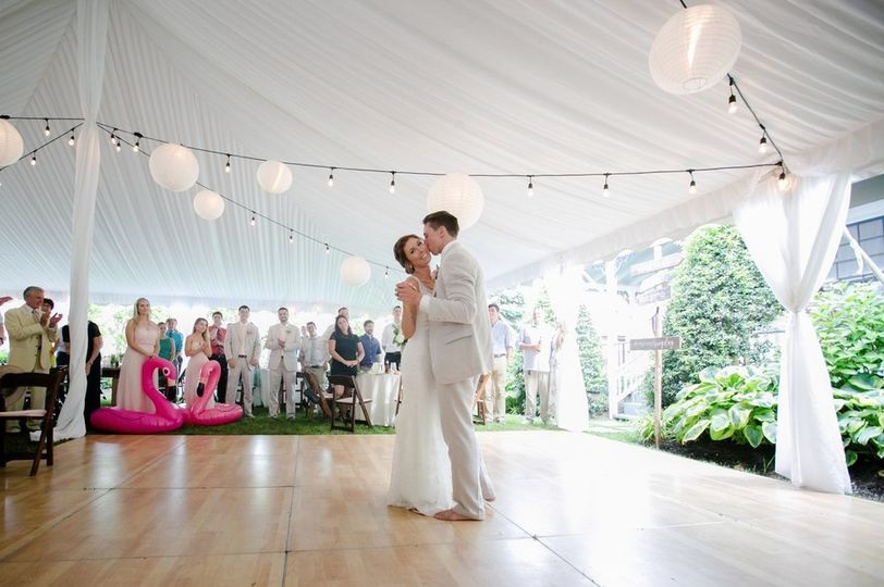 bride groom 51 1892485 157797875398879