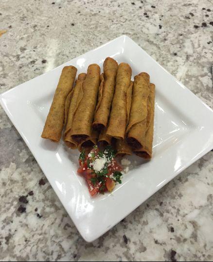 Marías Home Style Mexican Food & Maria's Street Tacos