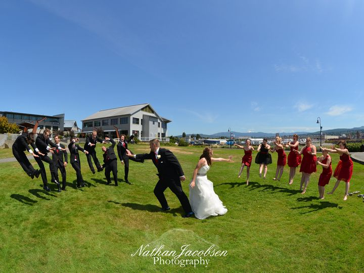 Tmx Dsc 0521 51 1697485 159995478970262 Seattle, WA wedding photography