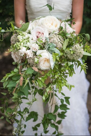 roiann ridley bridal bouquet style shoot kentuc