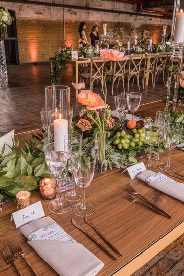 Loose Table Arrangments