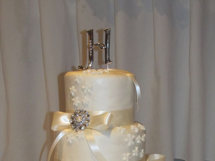 Tmx 1403786556825 Jones Greensboro wedding cake