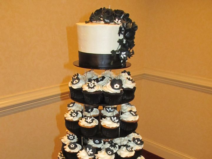 Tmx 1403787360645 Black Flower Tower Greensboro wedding cake