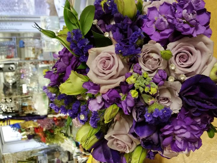 Tmx 1485741768074 20150103155337 Cedar Rapids wedding florist