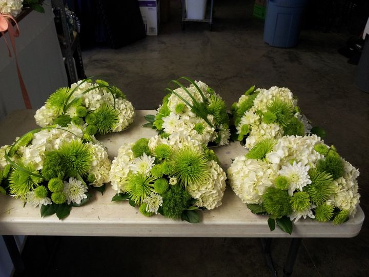 Tmx 1485742085495 2014 04 25 13.48.12 Cedar Rapids wedding florist