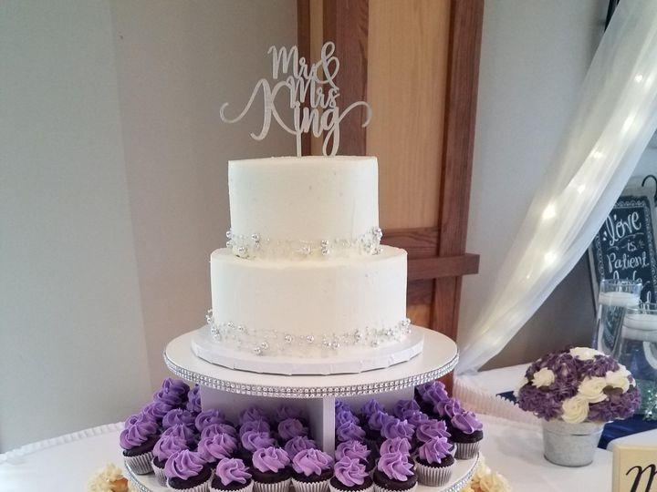 Tmx 20170902 135409 1 51 745585 157937455543032 River Falls, WI wedding cake