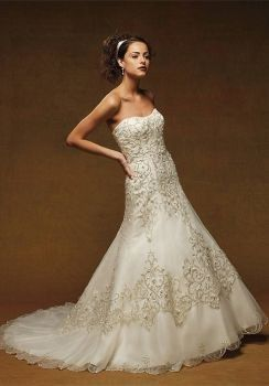 Trumpet style dress with sweetheart top