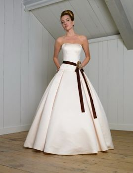 Ball gown with petticoat