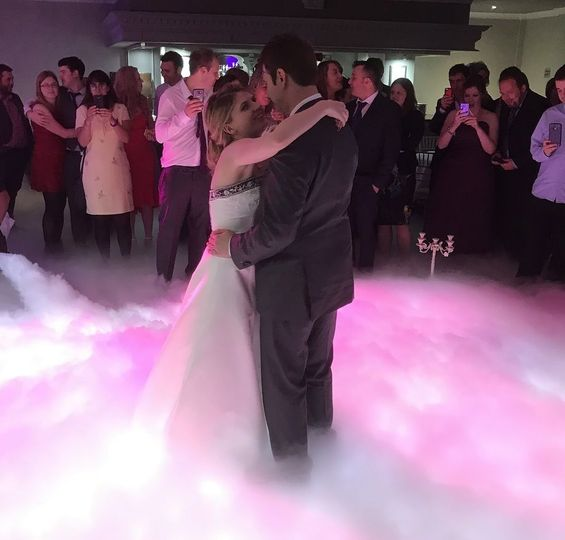 Dancing on a Cloud is an amazing first dance effect that looks amazing in videos!