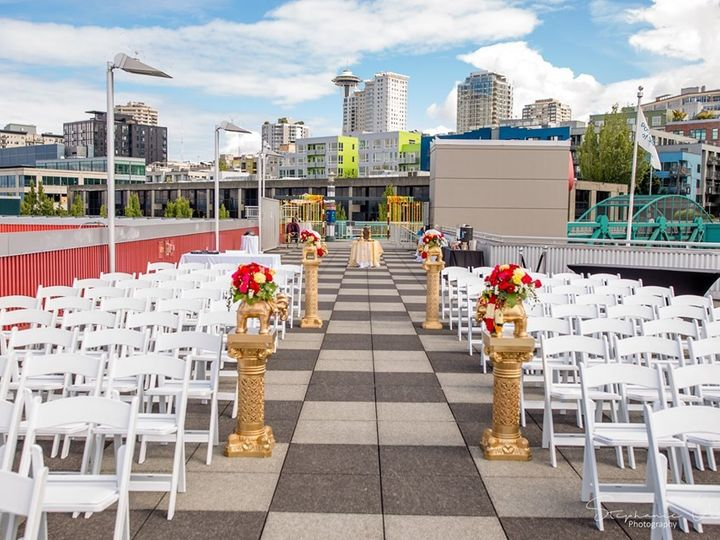 Tmx Rooftop Ceremony 01 51 3685 1572370806 Seattle, WA wedding venue