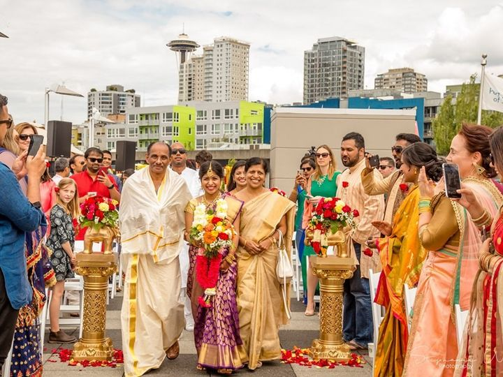 Tmx Rooftop Ceremony 02 51 3685 1572370806 Seattle, WA wedding venue