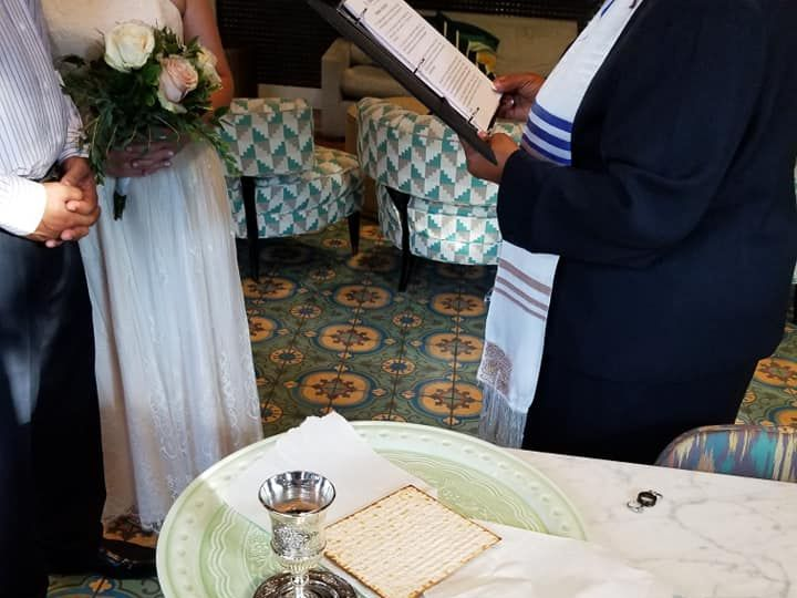 Tmx Communion2 51 1895685 159977486622279 Irving, TX wedding officiant