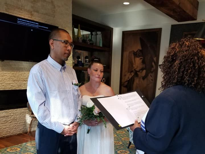 Tmx Communion3 51 1895685 159977484944926 Irving, TX wedding officiant