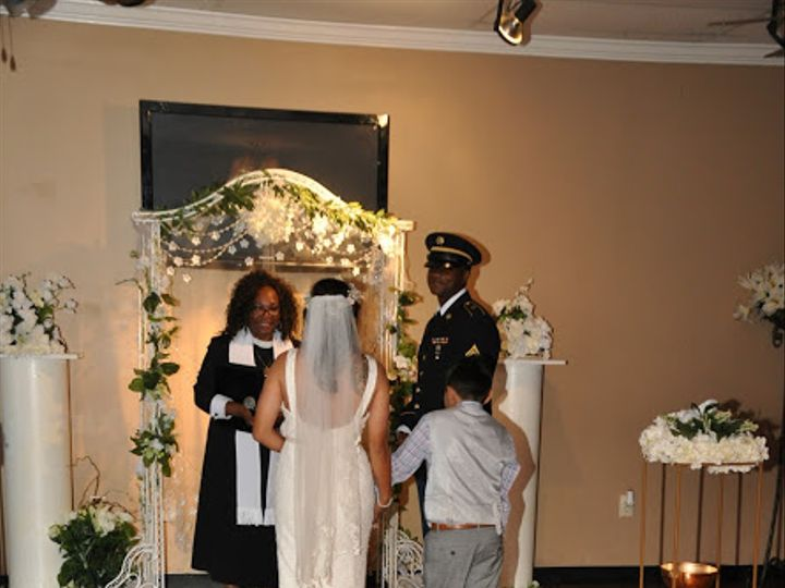 Tmx Dsc 0008 51 1895685 159666336761928 Irving, TX wedding officiant
