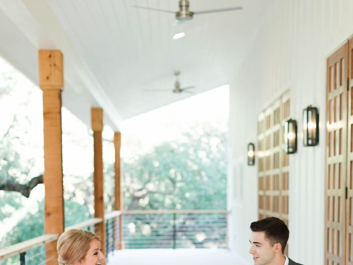 Tmx Porch W Couple 51 996685 Wimberley, TX wedding venue