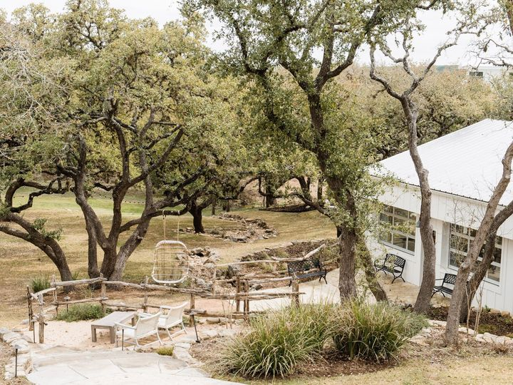 Tmx The Ivory Oak Editorial Carolinelimaphotography 2019 184 51 996685 1559927320 Wimberley, TX wedding venue