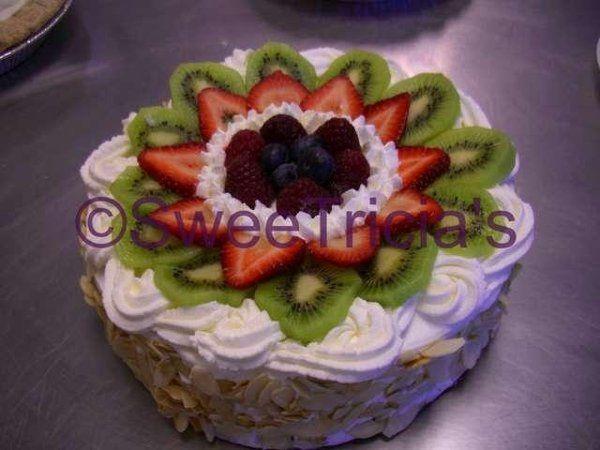 Tmx 1235521118982 Genoise2wtmk Atlanta wedding cake