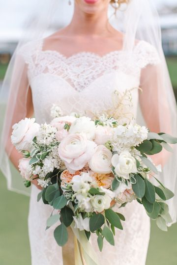 Florals - Shea Hopely Flowers Design & Planning - Flaire Weddings Venue - TPC Sawgrass Photography -...