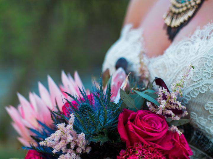 Tmx  Dsc2022 53 51 1879685 158619724128517 New Richmond, WI wedding florist