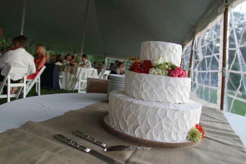 3 tiered buttercream cake