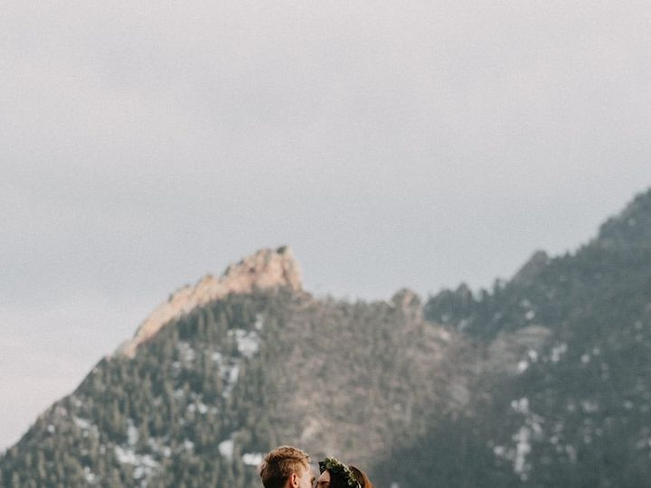 Tmx Bride And Groom Mountaintip 51 1962785 158731980549947 Longmont, CO wedding florist