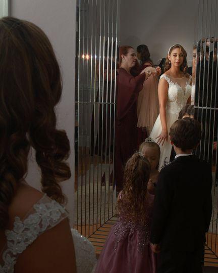 bride sorrround 51 1019785 v1