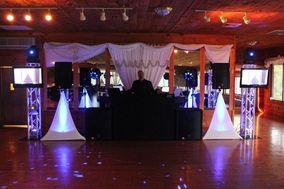 JOEY B'S DJ & Photo Booth Service