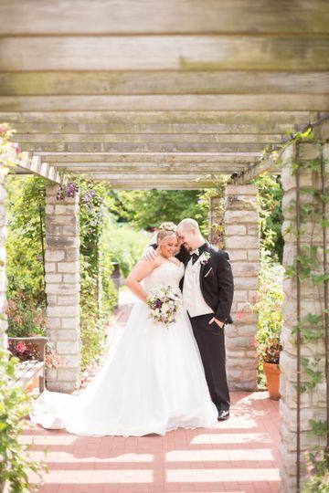 Atlas bridal shop dress attire toledo oh weddingwire for Wedding dress shops in ohio