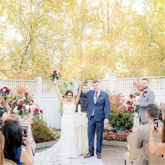 outside ceremony 51 2885