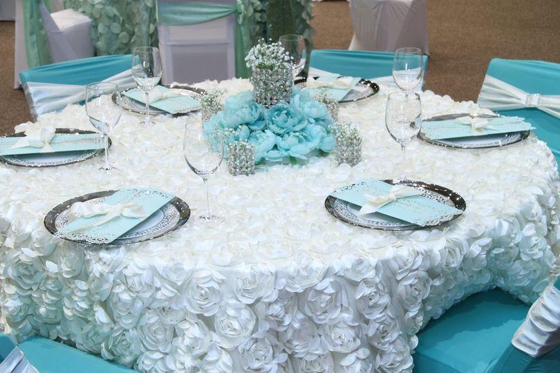 Floral table linen