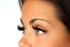 Lash Out Eyelash and Beauty Bar